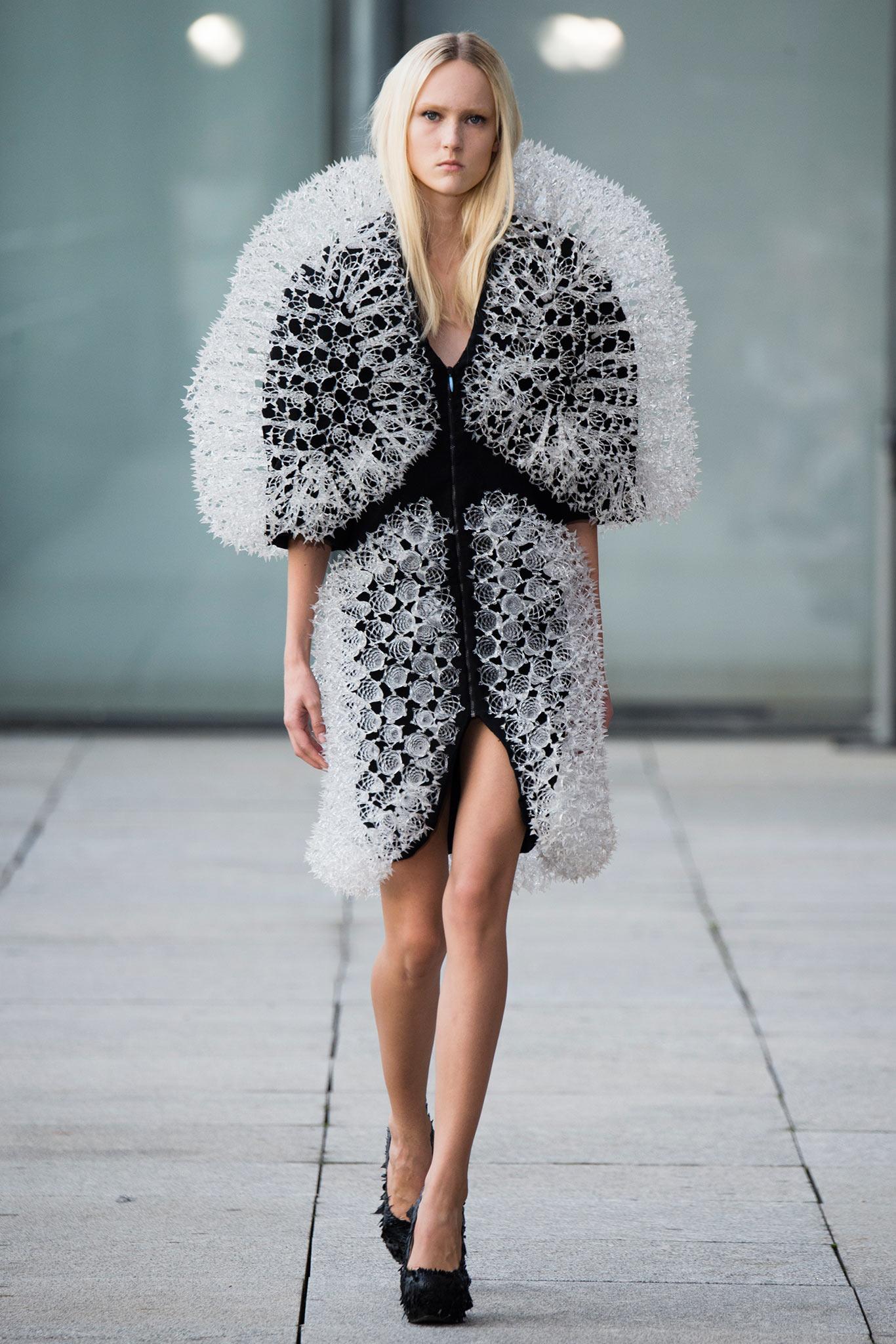 P c d fashion 95
