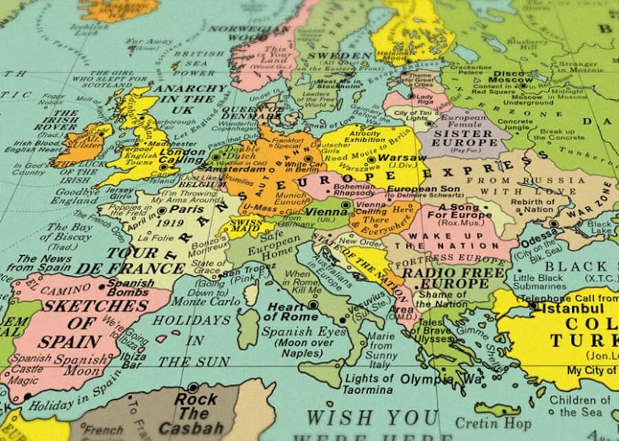 Карта мира с названиями песен вместо стран