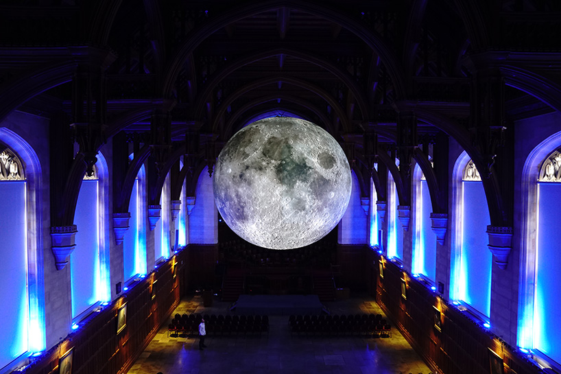 luke-jerram-museum-of-the-moon-03