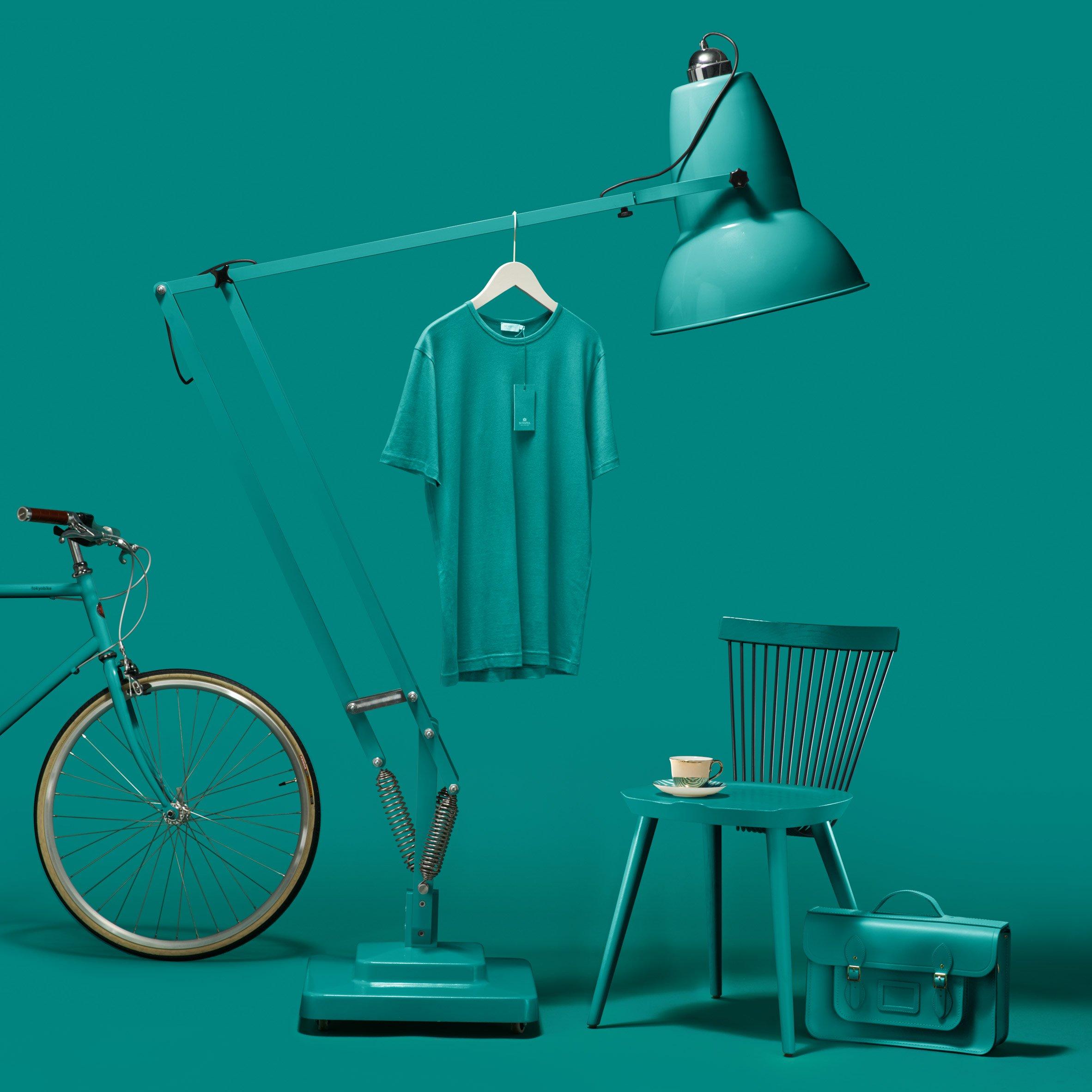 worlds-favourite-colour-paper-city-g-f-smith-design_dezeen_2364_col_24