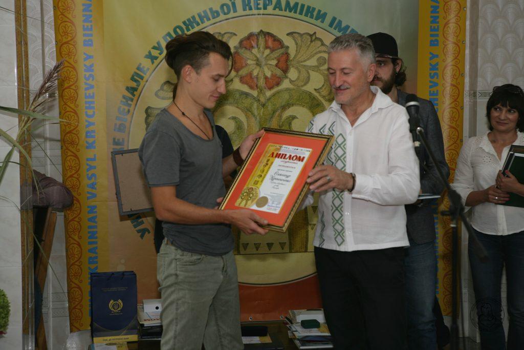 Володар Першої премії БІЄНАЛЕ – Олександр Мірошниченко (Кочеток, Харків)