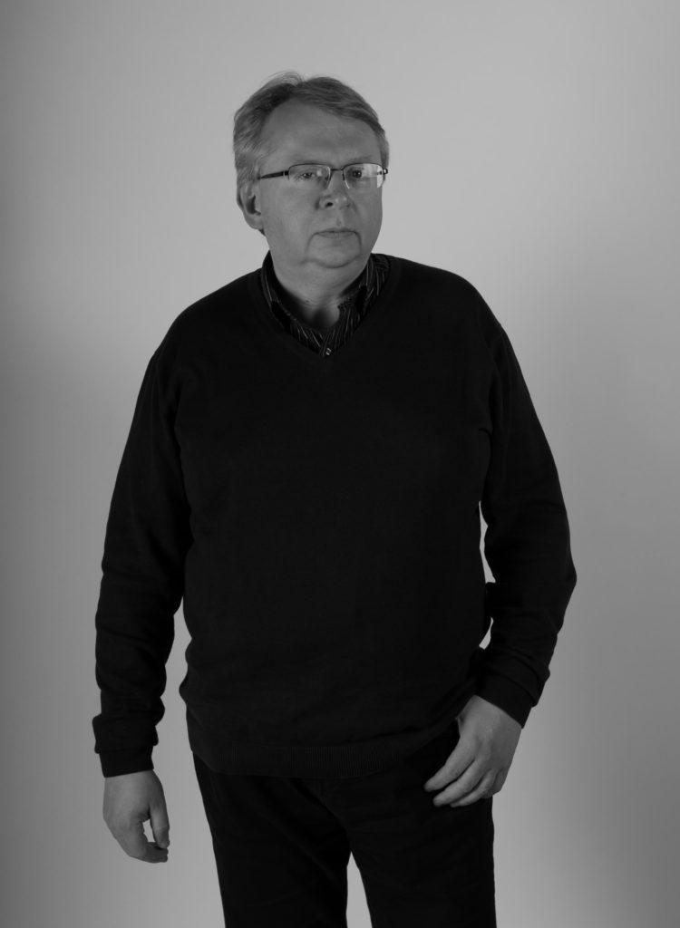Павел Політ – автор текстів про мистецтво, куратор в Музеї Мистецтва в Лодз