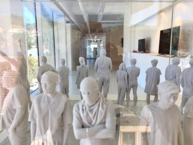 Павла Нікітіна (Pavla Nikitina) та Йіржи Пец (Jiří Pec), «Було», скульптурний 3D репортаж, 40 х 40 х 15 см., 2019